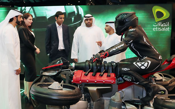 Etisalat Enthralls visitors with autonomous Robo-Vehicle and flying motorcycle